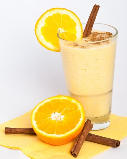 Banana and Pineapple Smoothie